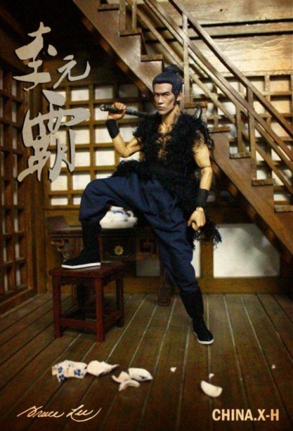 画像1: 【約25%OFF】CHINA.X-H ブルース・リー78周年1/6アクションフィギュア李玄覇 (1)